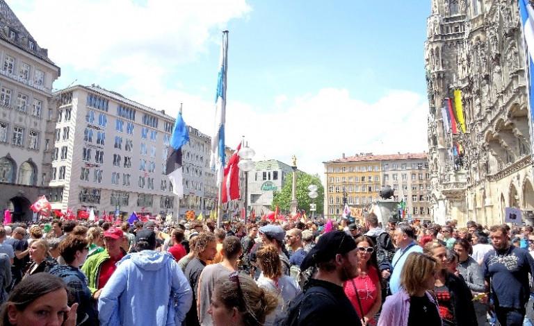 Demo gegen das neue Polizeiaufgabengesetz